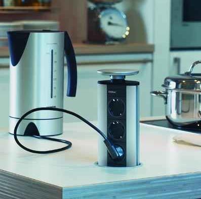 EVOline, Schulte Elektrotechnik - gniazdo zasialjące, Evoline Port - zamontowany w szafce w kuchni